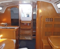 BENETEAU FIRST 44.7 interior pic3