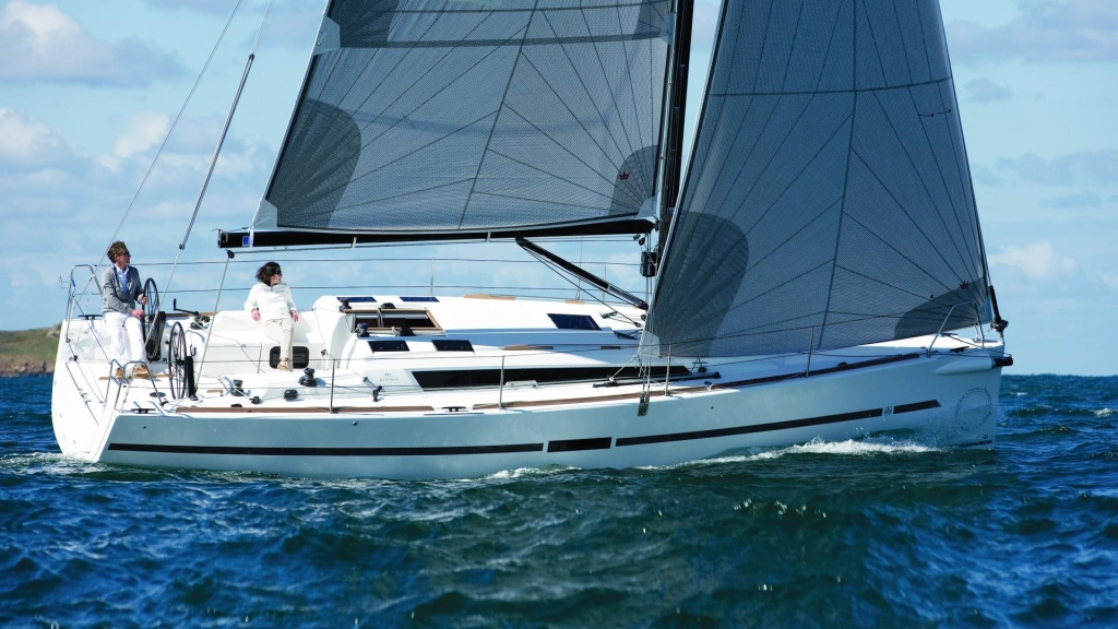DUFOUR RACING YACHTS  Dufour Yachts 173 large